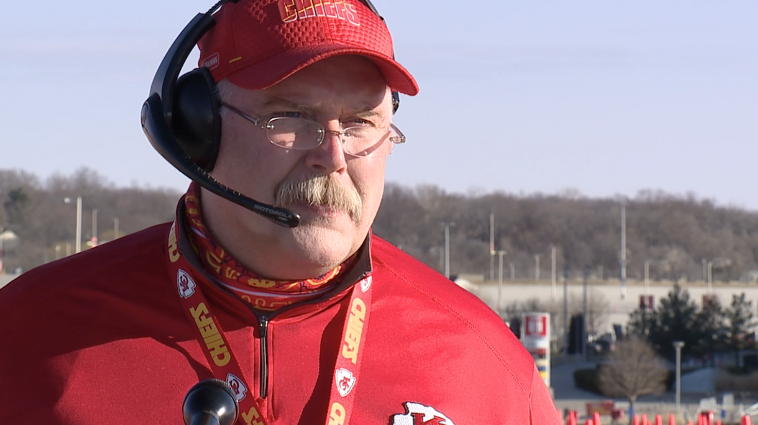 Chiefs fan looks just like Andy Reid