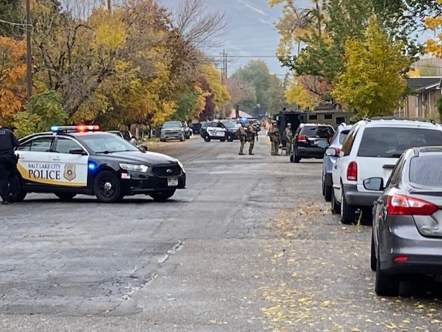 Police and SWAT respond to stabbing in Sugar House